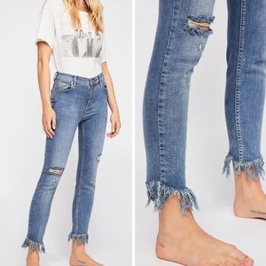 NWT Free People Frayed Great Heights Skinny Jeans
